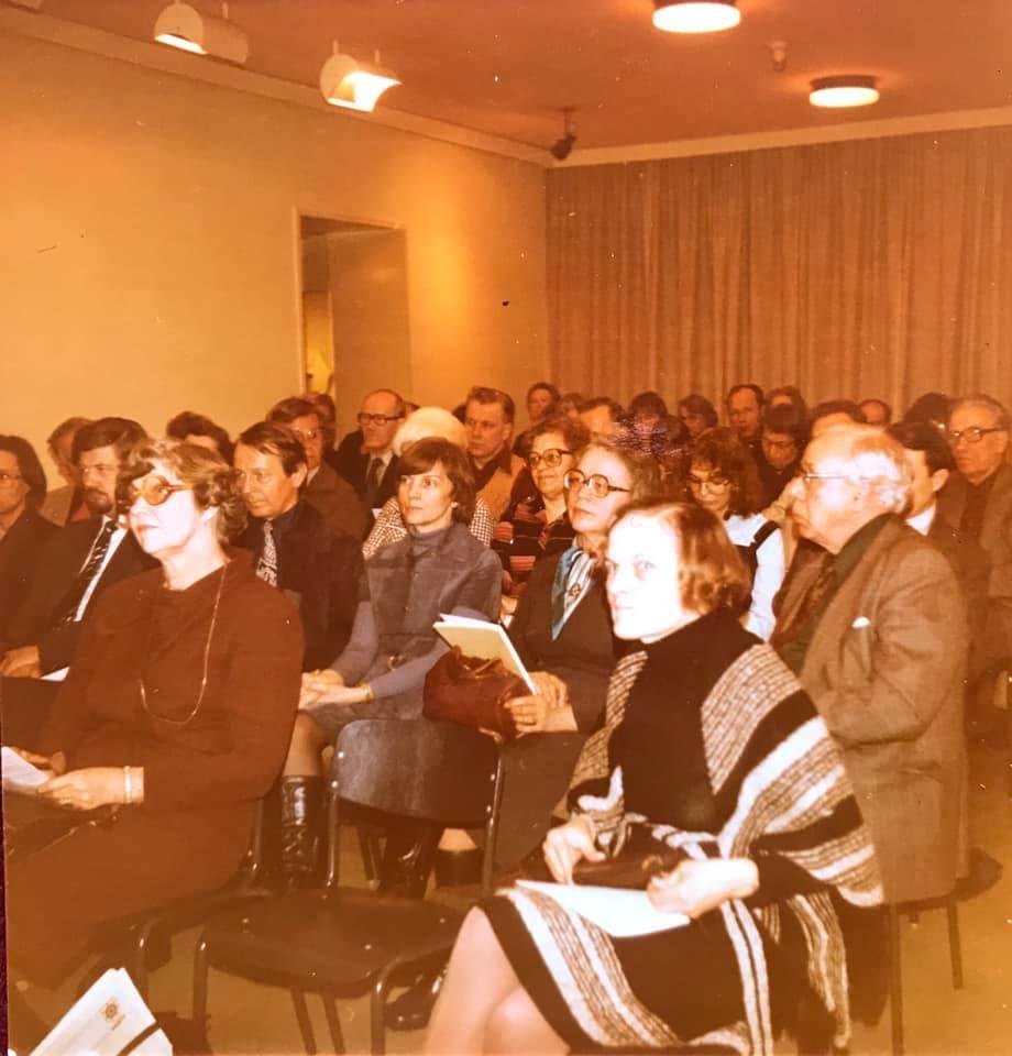 Yhdistyksen perustamiskokouksen osanottajia. Kuva: LSST:n kuva-arkisto